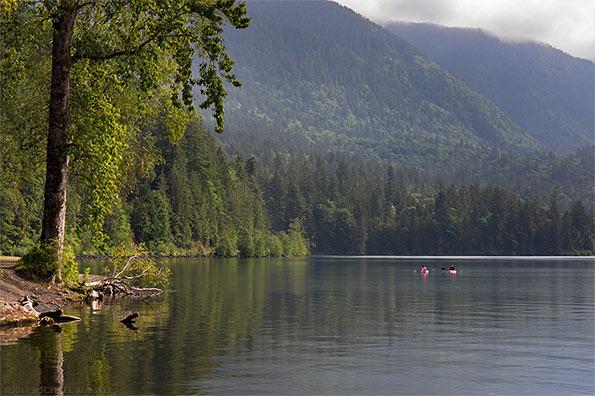 kayaking at jade bay on cultus lake chilliwack bc