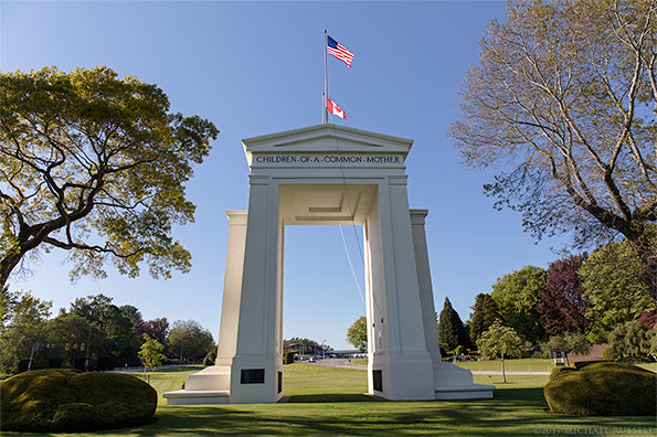 peace arch state park looking towards canada