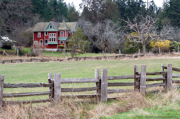 alfred ruckles queen ann style house farmhouse in Ruckle provincial park on salt spring island