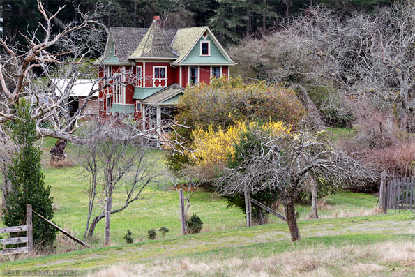 alfred ruckles farmhouse in Ruckle provincial park on salt spring island