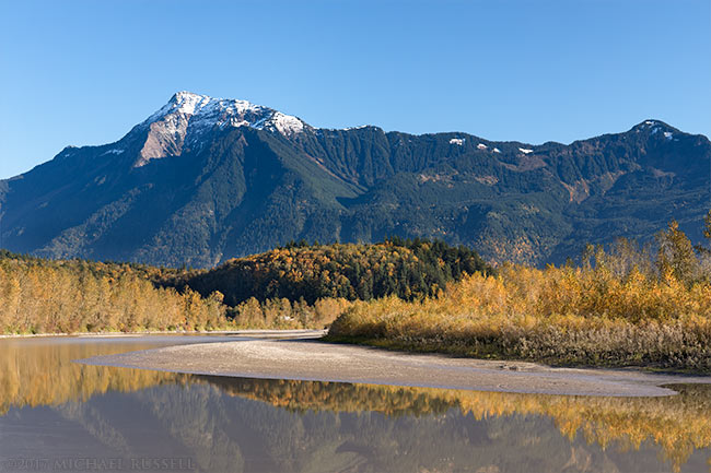 mount cheam fraser river fall leaves agassiz