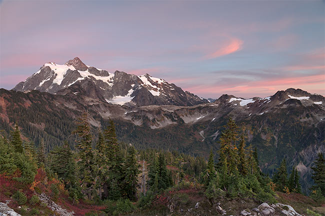 fall foliage and mount shuksan from huntoon point in the north cascades