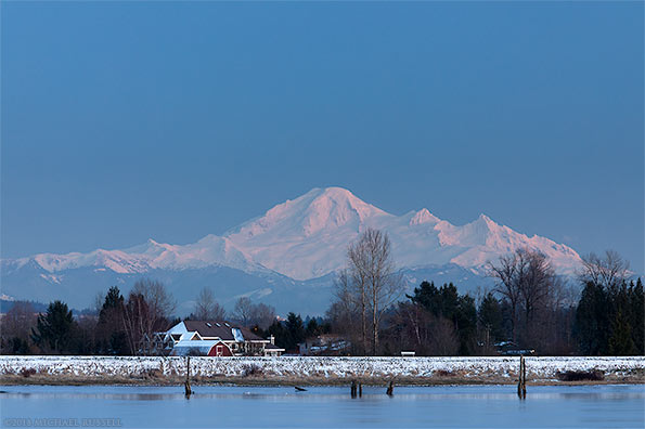 alpenglow on mount baker from the pitt river