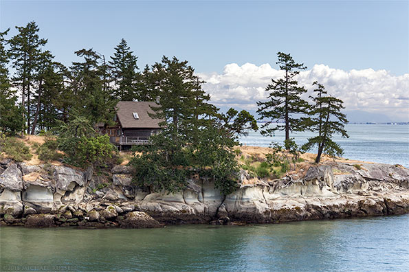 galiano island house cliffs sandstone