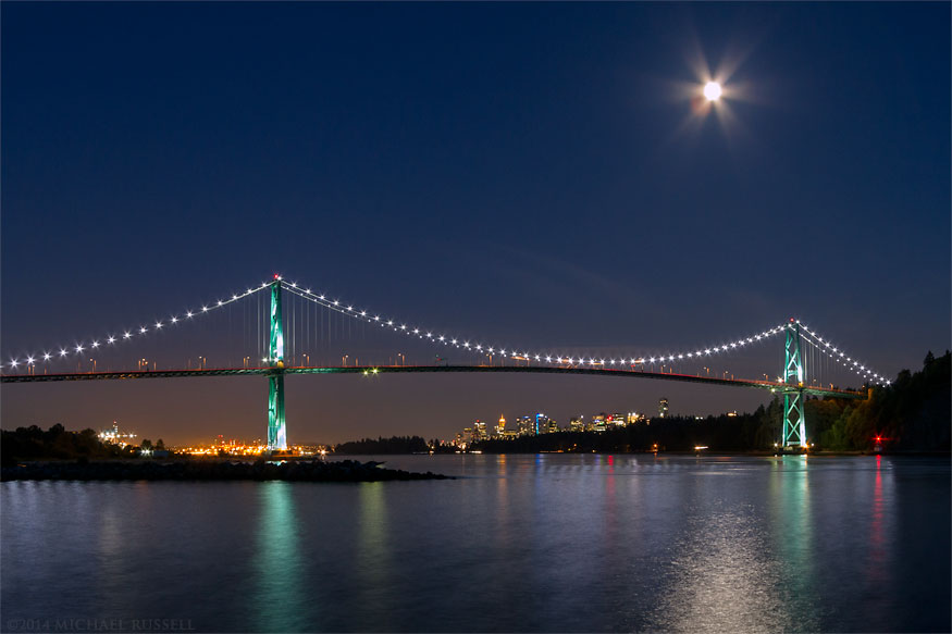 lions gate bridge lights moonrise