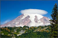 mt rainier stevens canyon lenticular cloud