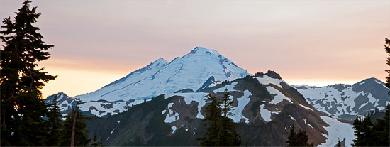 mount baker panorama from artist point