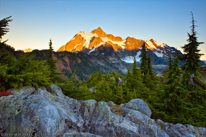 mt shuksan in late evening light from artist point