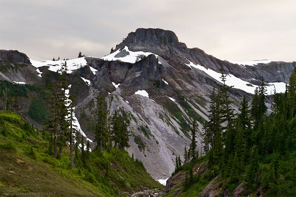 table mountain at bagley lakes mount baker wilderness