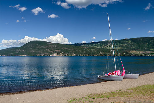 sailboat at shorts point in fintry provincial park in the okanagan