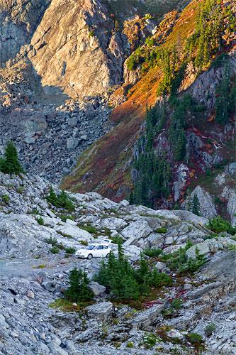 parking spot near artist point under table mountain north cascades