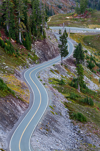 road to artist point in the north cascades