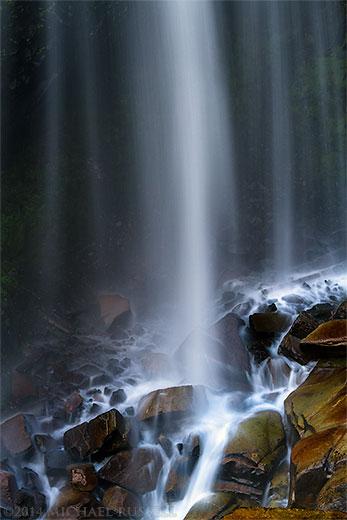 narada falls in mount rainier national park