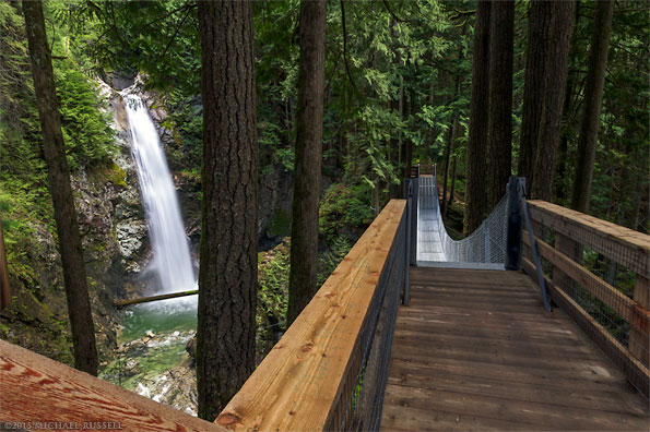 cascade falls suspension bridge in cascade falls regional park