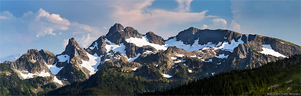 cowlitz chimneys and the sarvant glaciers in mount rainier national park