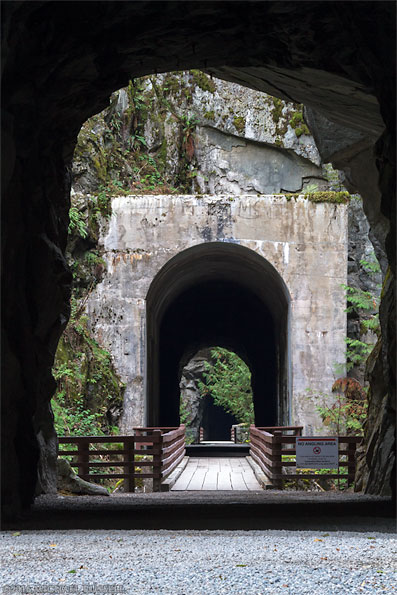 othello tunnels in coquihalla canyon