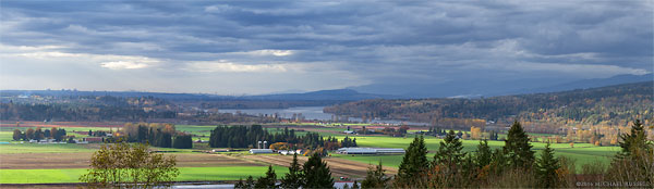 panorama of glen valley farmland and the fraser river in langley abbotsford